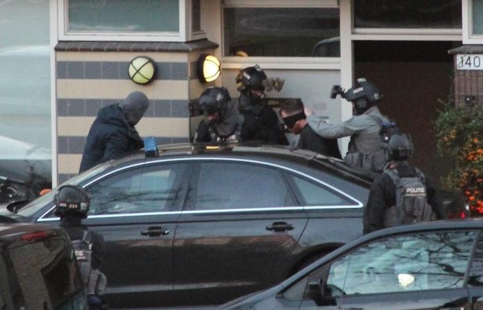 네덜란드, 전차에서 총격 사건 발생