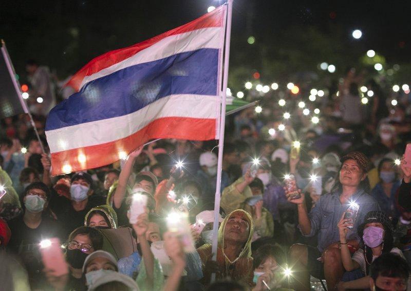 태국 방콕 거리서, 며칠째 시위 이어져