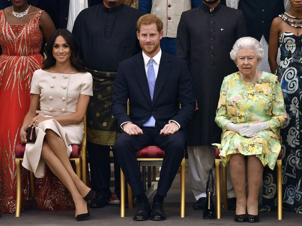 영 해리 왕자 부부, 독립적인 삶 선언