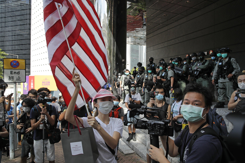 미, 중국 및 홍콩 여행에 경보 발령