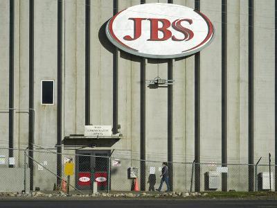 세계 최대 정육업체 JBS, 해킹으로 중단됐던 공장 재가동