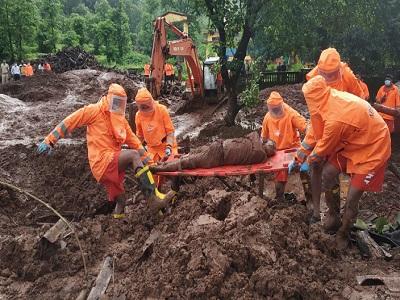 인도 서부, 기록적인 폭우로 극심한 피해